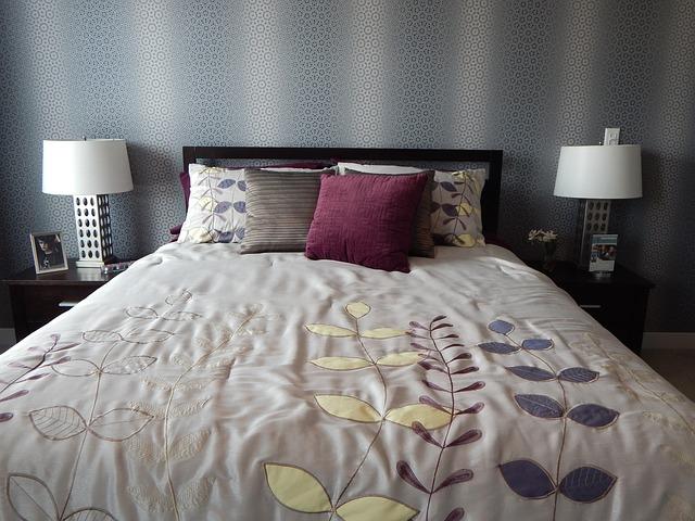 3 tips om de slaapkamer sfeervol in te richten - Wonen & Zo